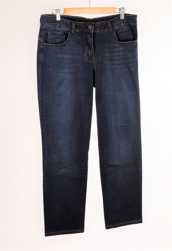 Jean straight brut taille 42